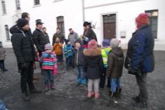 Der Nachtwächter erzählt auch Kindern spannende Geschichten