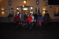 Gruppenfoto mit Nachtwächter