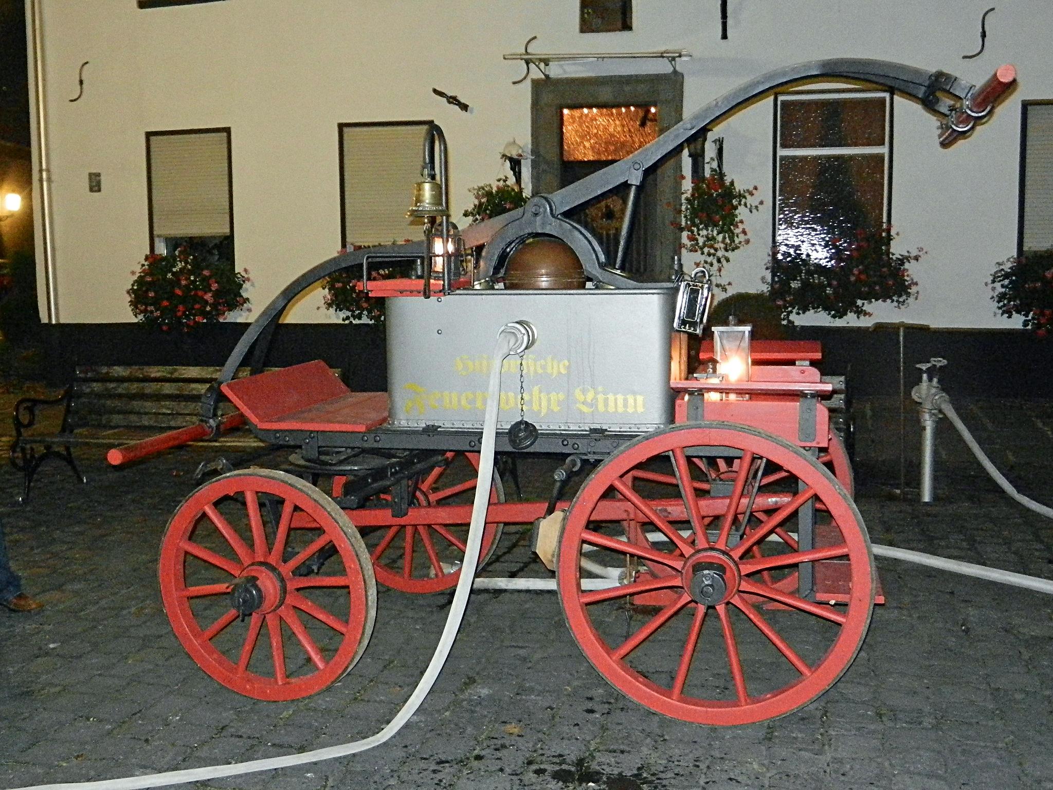 Ein antiker Feuerwehr- aber leider kein Sportwagen